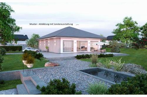 Tigring/Nahe Moosburg - Schöner ELK-Bungalow und Grundstück mit Gartenhütte (Wohnfläche - 104m² & 120m² möglich)