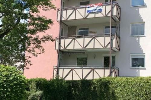Wattens: Gepflegte 5-Zimmer-Wohnung mit Tiefgaragenabstellplatz, zwei Balkonen und Lift