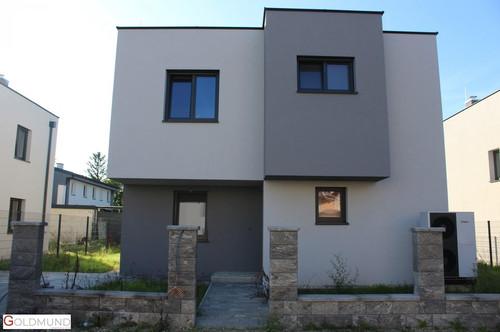 Erstbezugs Häuser in Strasshof mit Voll unterkeller! Familienfreundliche Lage mit erhobener Bauausstattung!