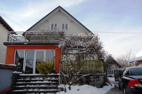 RESERVIERT! Schönes Haus mit traumhaftem Garten nahe dem türkisblauen Faaker See
