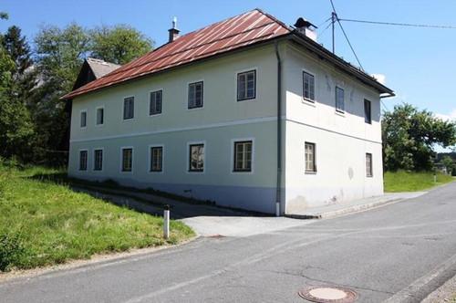 Bauernhof und Almhütte im Gailtal zu verkaufen