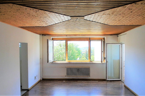 Sehr gut aufgeteilte 2 -Zimmer Wohnung in Waltendorf-auch für Anleger geeignet