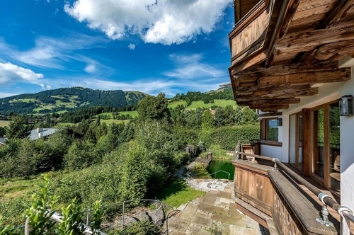 Freizeitwohnsitz! Exclusive Villa in Top Lage Kitzbühels!