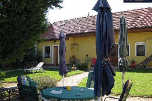 Romantisches Bauernhaus mit Weinkeller