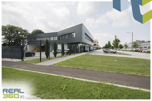 """Linzer """"Südpark"""" - Gewerbeobjekt (Objekt 12) mit Lagerhalle und Büro zu mieten!"""