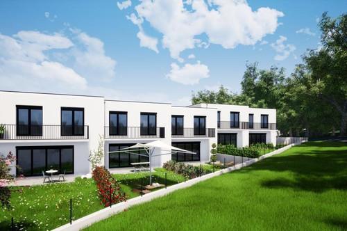 TRAUMLAGE: 5 neu errichtete Reihenhäuser mit Terrasse, Balkon, Garten und 2 Stellplätzen