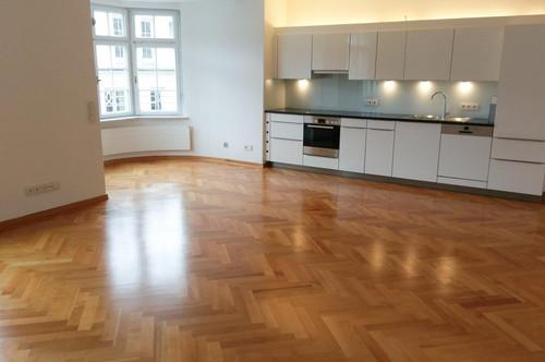 3-Zimmer-Wohnung in einem exquisiten Altstadtpalais - Nähe Mirabellgarten