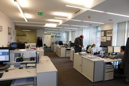 Büro oder Ordi in Frequenzlage
