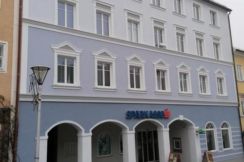 Geräumige 3-Zimmer Wohnung mit PKW-Abstellplatz im Zentrum von Haag am Hausruck