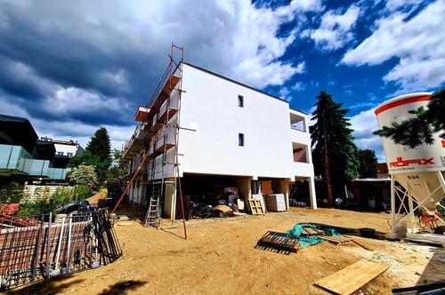 ** Liebenau ERSTBEZUG Ziegelmassiv 3 Zimmer-Wohnung mit großzügiger Terrasse-Cerport und Keller**(Hochwertige Ausstattung)
