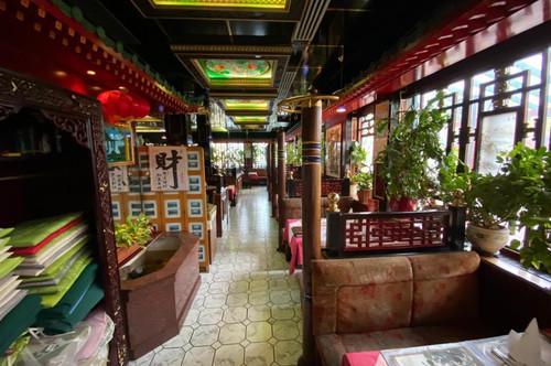 *Jungunternehmer aufgepasst* Restaurant mit Gastgarten und komplettem Inventar