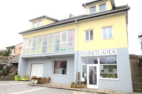 <b> Mehrfamilienhaus mit Ertragspotenzial Nähe Golfplatz</b>