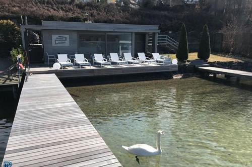 """Velden - Wörthersee: AUEN VILLEN - TOP 6: """"Modern und voll eingerichteter 3 Zimmer-Wohntraum mit teilw. Seeblick und großer Terrasse, Anteil am eigenen Seegrundstück, 2 TG und Pool"""""""