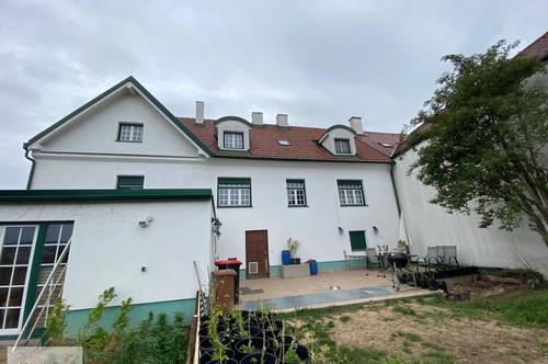 Mattersburg - großzügiges Ein- bzw. Zweifamilienhaus in Hanglage