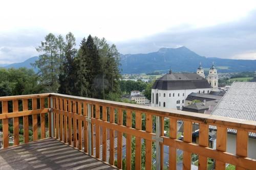 """4-Zimmer Balkonwohnung mitten in Mondsee """"PANORAMABLICK INKLUSIVE!"""""""