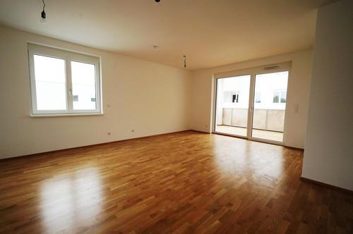 Wunderschöner Erstbezug, 3 Zimmer Wohnung mit Balkon 75 m² € 749, - inkl BK