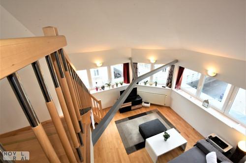 Hochmoderne vollmöblierte 3 Zimmer Wohnung mit großer Galerie