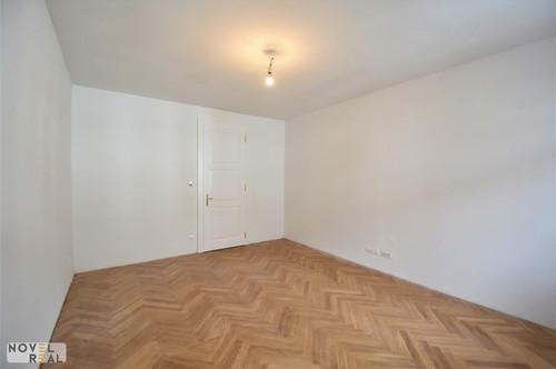 Kurzzeitvermietung möglich! Schöne 2 Zimmer Wohnung mit Balkon