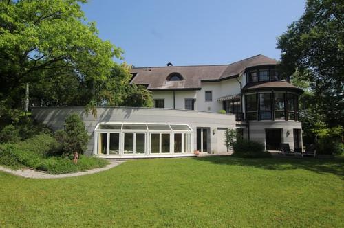 Extravagante Architektenvilla mit Wellnessbereich in Velden am Wörthersee