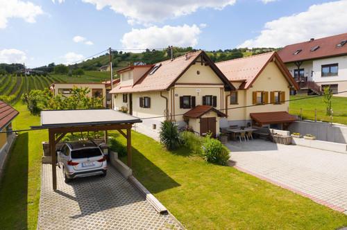 Wohnen in der Weinidylle im schönen Burgenland! (weitere Bilder auf Anfrage)